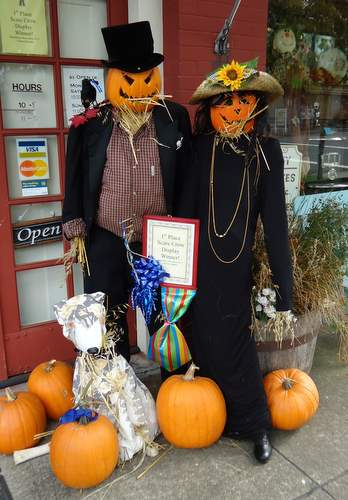 See the 2012 Aurora Scarecrow displays going up now through October 13th and on view until mid November.  This 2011 first place commercial winner was by Main Street Mercantile.  (See more information below)